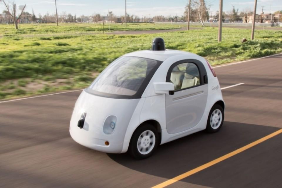 Нова германска регулация може да сложи спирачка на умните коли