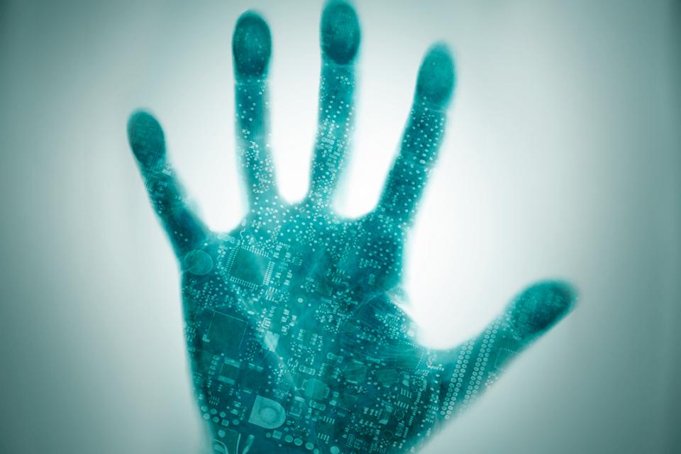 Хакери източват стотици хиляди от банкови сметки