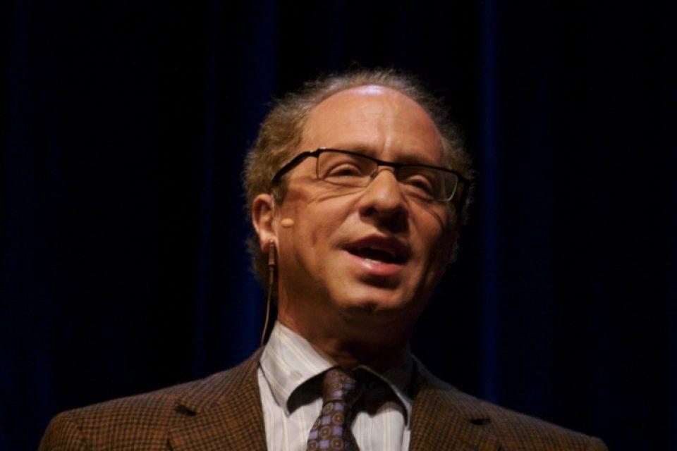 Рей Кърцвейл е убеден, че сингулярността ще се случи до 30 години