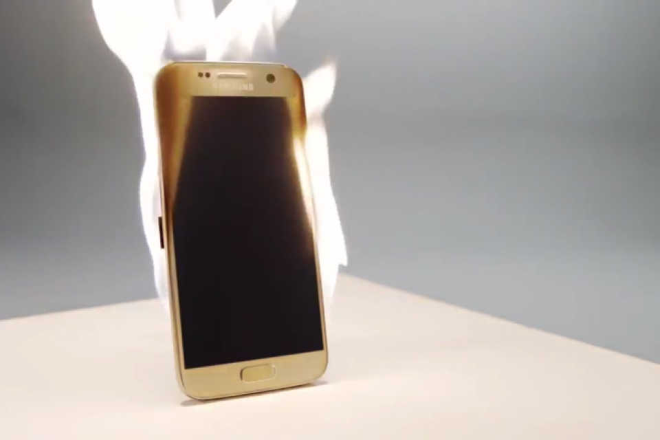 Пет месеца по-късно Samsung най-сетне е на път да убие невърнатите бройки Note 7