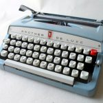 vintage-egg-shell-baby-blue-brother-industries-ltd-nagoya-japan-de-luxe-portable-manual-typewriter-1960s-original-case-instructions-4929-p