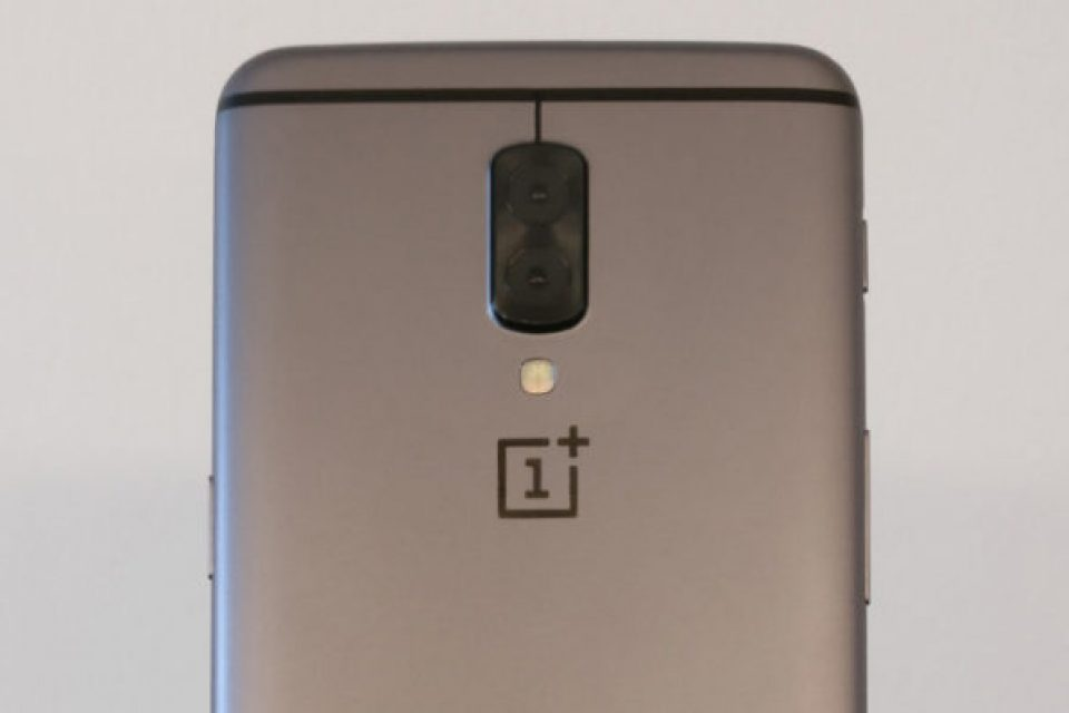 OnePlus 5 може и ще има две двойни камери