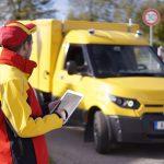 Autonom fahrende Begleiter: Mit Sensortechnik von ZF sowie der KI-fähigen Steuerbox ZF ProAI von ZF und NVIDIA baut Deutsche Post DHL bis 2019 eine 3.400 Fahrzeuge umfassende und autonom fahrende Streetscooter-Flotte auf.