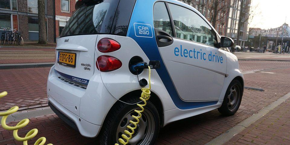Toyota: Още е рано да се говори за масово производство на електромобили