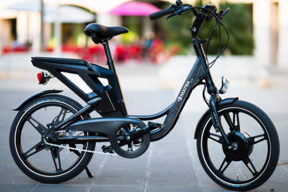 Във Франция пуснаха електрически велосипеди с водородно гориво