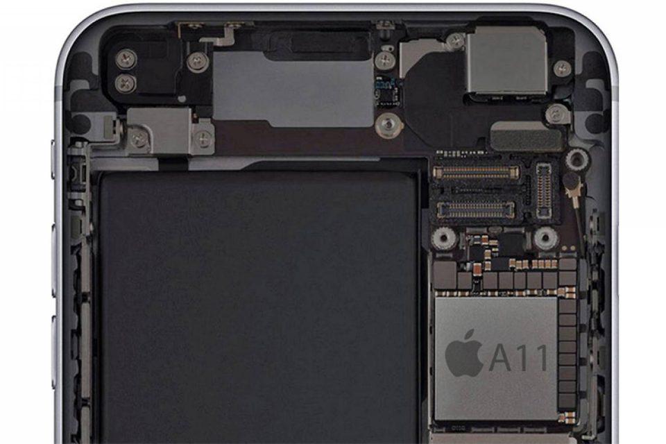 Потребители съдят Apple за Meltdown и Spectre