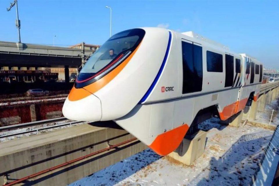 Китай започва работа по прототип на влак, движещ се на магнитна възглавница
