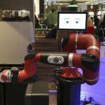 Japan_Robot_Cafe_69007-727x473
