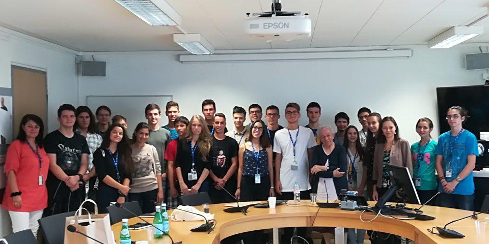 Свежина Димитрова: Общо 576 български учители вече преминаха през обучение в ЦЕРН