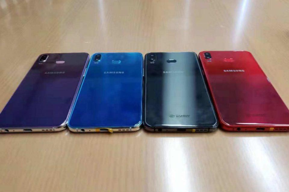 Samsung Galaxy Phoenix е готов да се изправи срещу iPhone Xr