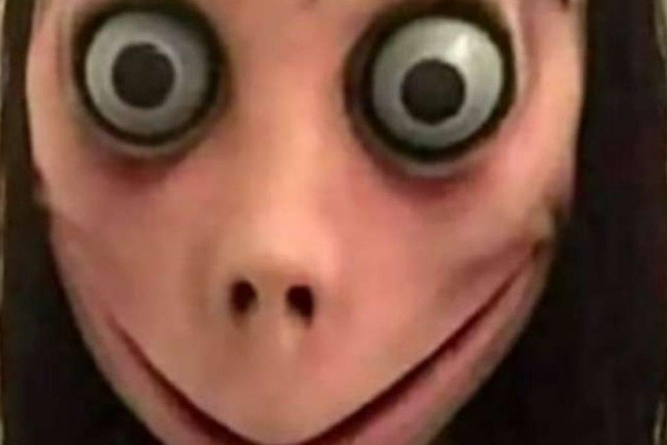 """Зловещо: Игра на име """"Момо"""" кара децата в интернет да се самонараняват"""