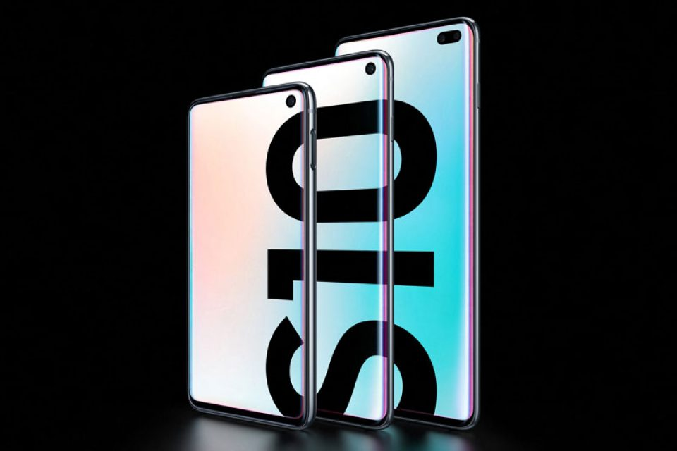 Samsung представи линията Galaxy S10