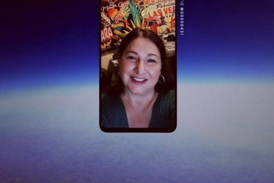 Кампанията Samsung SpaceSelfie разкрива колко важно е за потребителите е споделянето на специални моменти с любимите хора