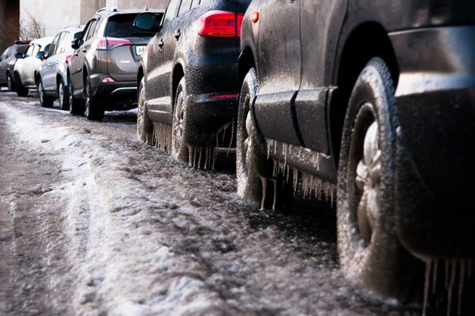 Как да се грижим за колата си през зимата?