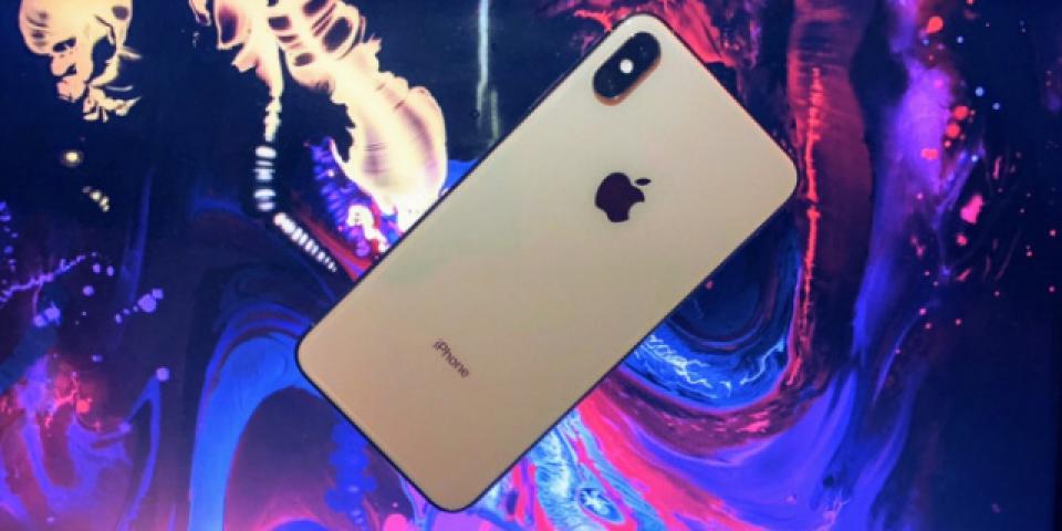 Apple официално стартира продажбата на рециклирани модели iPhone от 2018 година