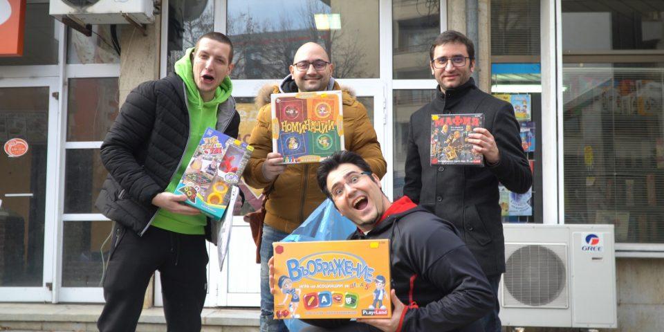 Геймъри дариха над 4400 лв. за социалните центрове в Ловеч след 17 часа компютърни игри