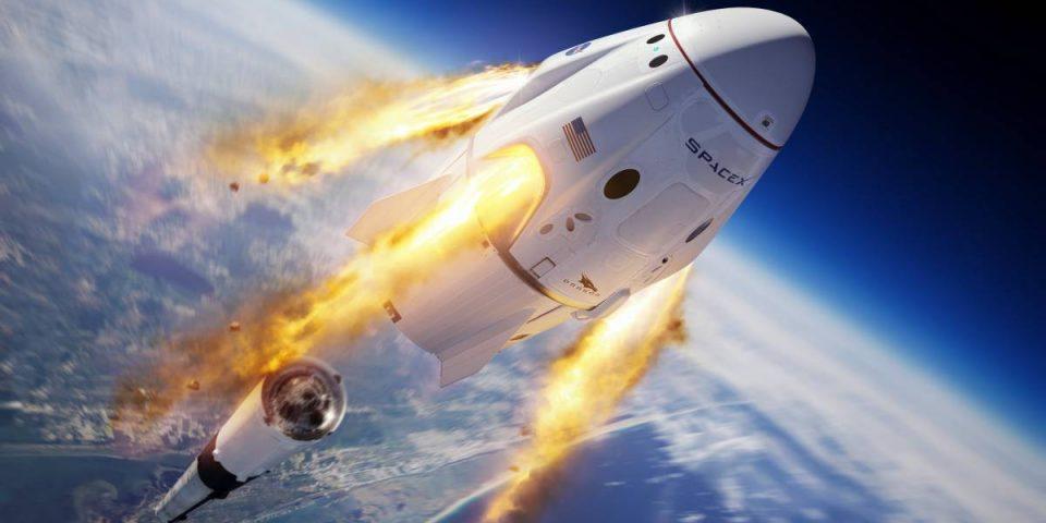 Гледайте НА ЖИВО: Исторически полет на ракетата на Илон Мъск с хора на борда й