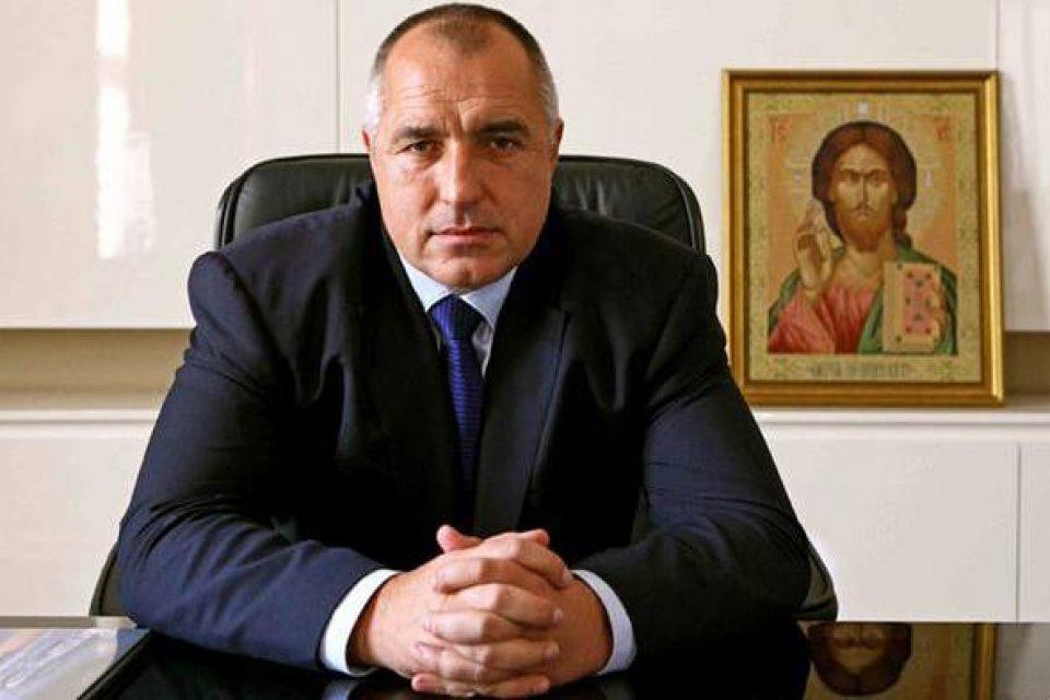 Румен Радев и Бойко Борисов в спор заради хипотетично следене с дрон