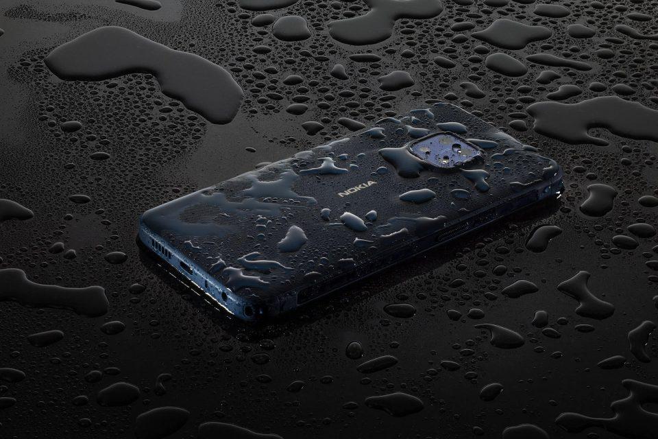 Новите телефони Nokia идват с високоустойчива технология и чисто ново портфолио от аудио аксесоари